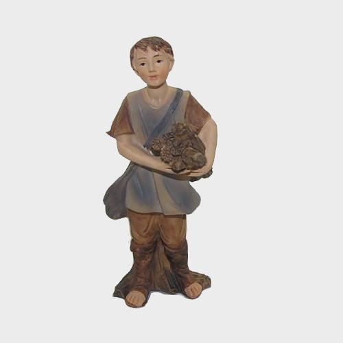 Krippenfigur Junge mit Holz