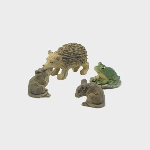 Krippenfiguren Igel, Frosch und Mäuse