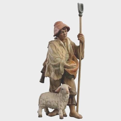 Krippenfigur Zirbel 033 Schäfer mit Schaf