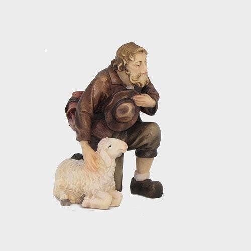 Kostner 163 Hirte kniend mit Schaf
